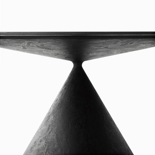 Esstisch Clay Concrete von Desalto jetzt online kaufen